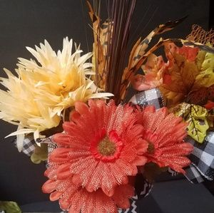 Hallowee floral decor best craft fair sellers